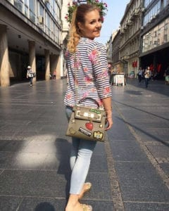 Through the shoppingmile  Outfit, Look, Fashion, Fashionblog, Fashionblogger, Blogger, Fantastique, Salzburg, London, Stylist, Style, Styleblogger